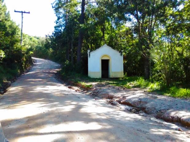 capela-trilha-pedra-grande-atibaia-a-bussola-quebrada