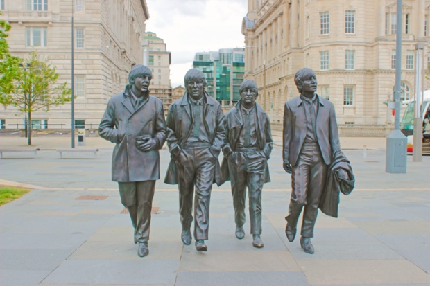 estatuas-beatles-liverpool-a-bussola-quebrada