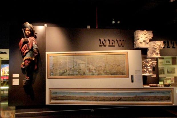 museu-de-londres-navio-a-bussola-quebrada