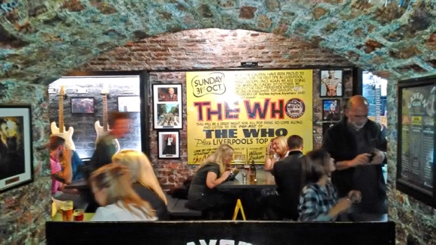 the-who-cavern-club-a-bussola-quebrada