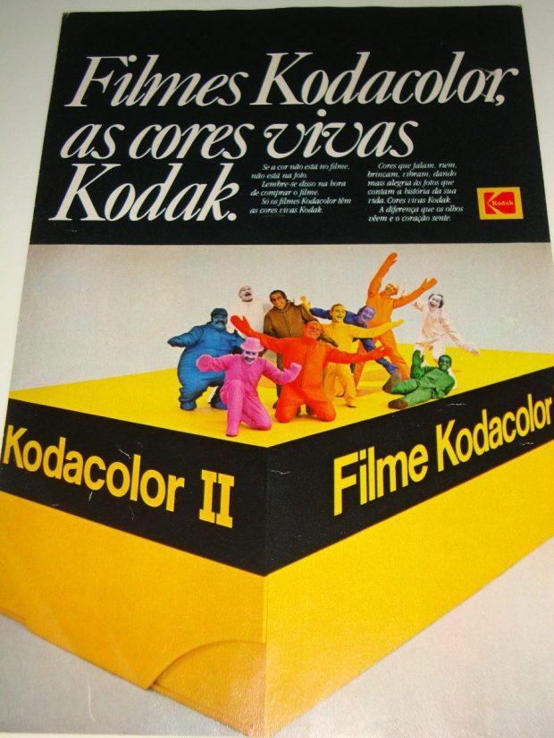 cores-vivas-kodak-1980-a-bussola-quebrada