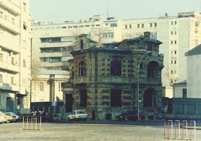 O antigo prédio.