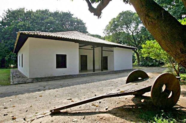 casa-do-bandeirante-a-bussola-quebrada