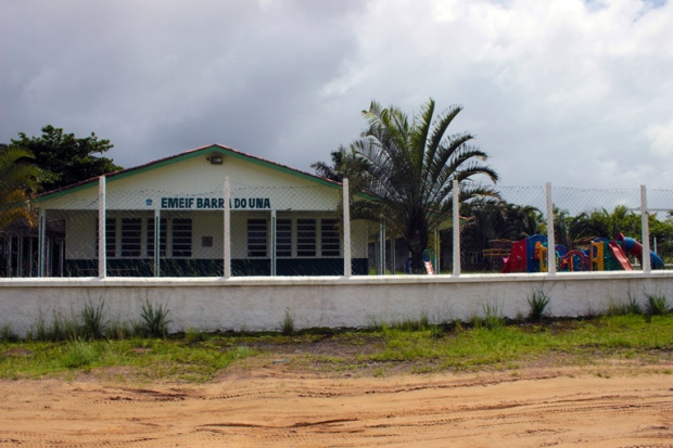escola-barra-do-una-a-bussola-quebrada
