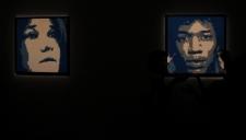 Uma galeria de quadros de pessoas, algumas famosas, e sempre com sua esposa e musa Courtney. Ai estão Janis Joplin e Jimi Hendrix.