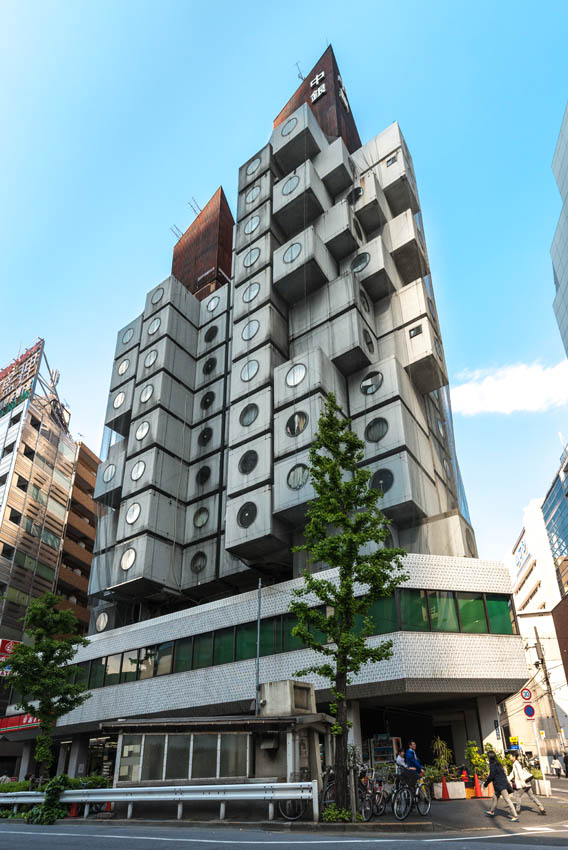 nakagin-capsule-tower-a-bussola-quebrada