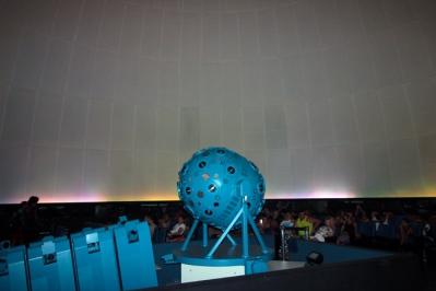 A máquina planetário parece pequena, mas dá conta do serviço.