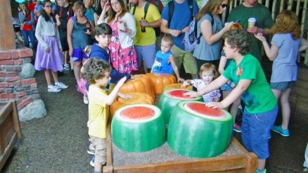 Essas melancias são tambores.
