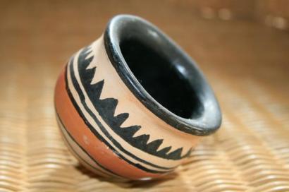 Artesanato em cerâmica.