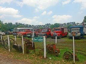 O museu de caminhões e ônibus.