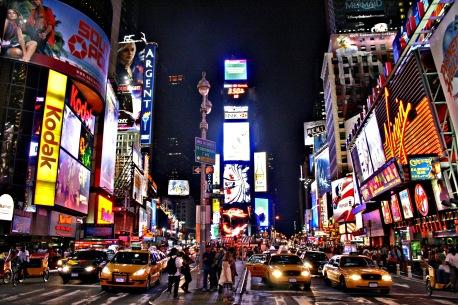 Festa de fim de ano na Times Square tem que ter muita luz