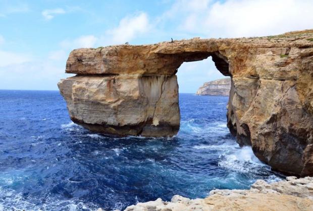 A janela Azul, na Ilha de Gozo, Malta.