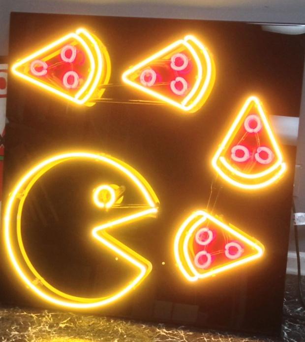 Pizza é pra comer com um sorriso!