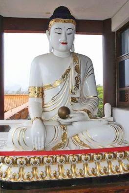 buda templo zu lai mix aventuras