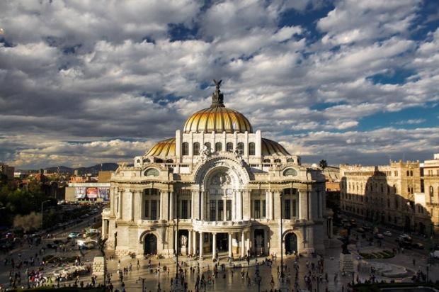 Cidade do México. Um misto da antiguidade e novos tempos. Foto: Royal Holiday.