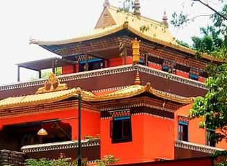 detalhe-templo-Odsal Ling-cotia-mix-aventuras