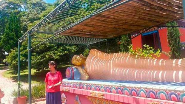 Lembra da Soninha, apresentadora da MTV? Ela é praticante de budismo.