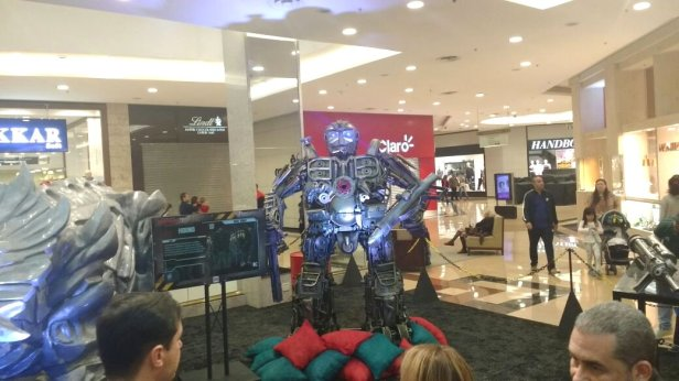 exposicao shop analia transformers a bussola quebrada