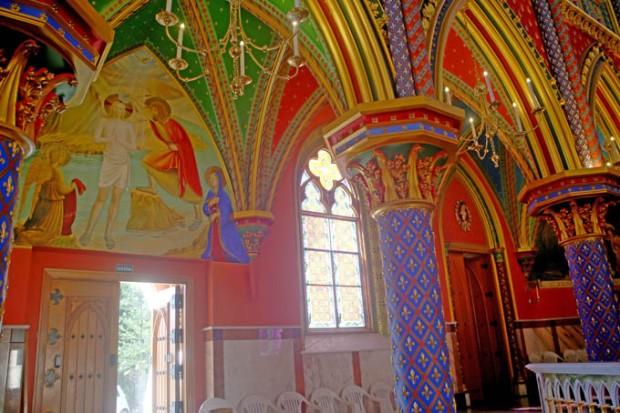 Arcos dourados. Os arcos marcar a arquitetura gótica.