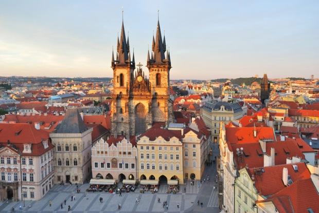 Igreja da Virgem Maria. Quarteirão do Centro Velho. Praga, República Checa.