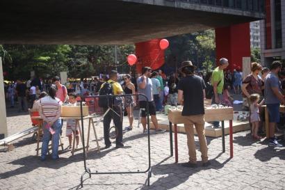 Atrações do Vão Livre do MASP.