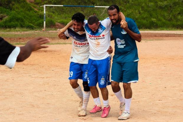 Solidariedade e fair play. Valores que o futebol ensina.