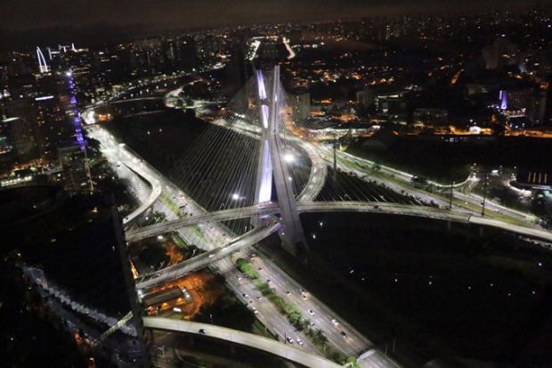 Ponte Estaiada - Zona Sul de São Paulo.