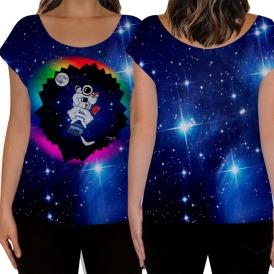 Camisetas femininas para sonhar com David Bowie e seu Astronauta Major Tom.