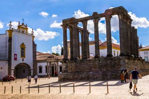 Templo Romano - Évora - Crédito Turismo do Alentejo