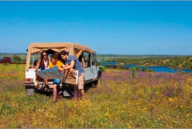 Viagem de carro - Crédito Turismo do Alentejo