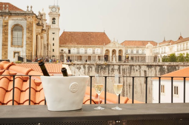 Rooftop do Sapientia Books & Wine Hotel.