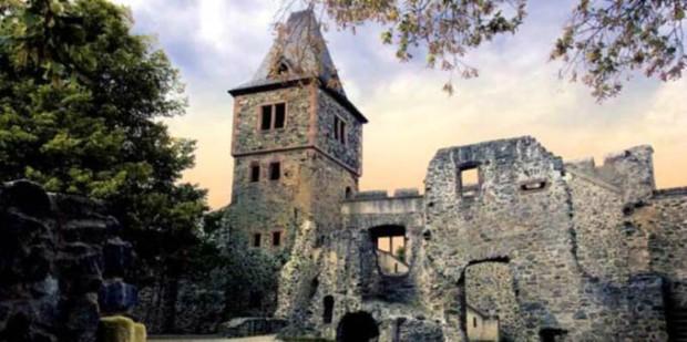 O Castelo Frankenstein. Hoje em ruínas,