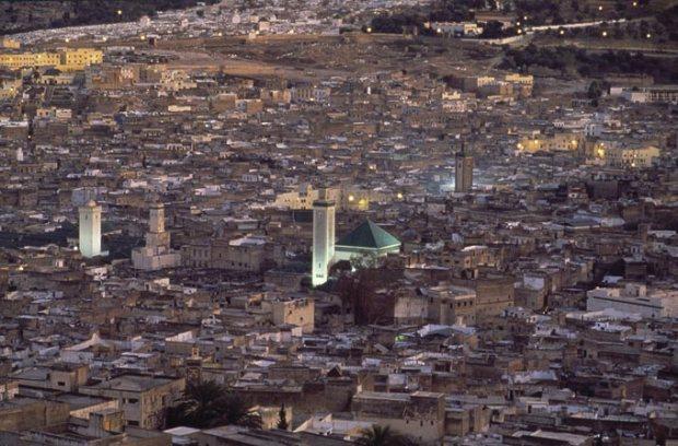 A cidade de Fez, no Marrocos. Uma enorme metrópole.