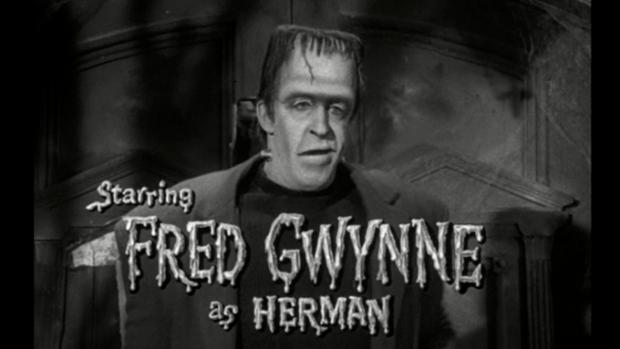 """E o monstro também virou série e comédia em """"Os Monstros"""". Desta vez, Fred Gwyne interpretava a criatura."""