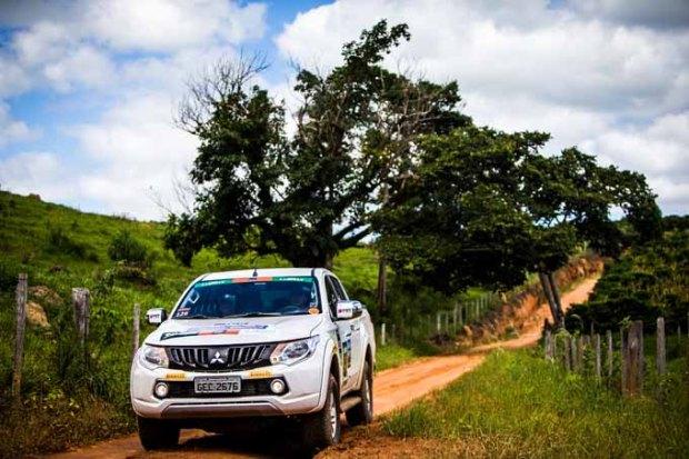 Desafios off-road e belas paisagens estão no roteiro do rali de regularidade.