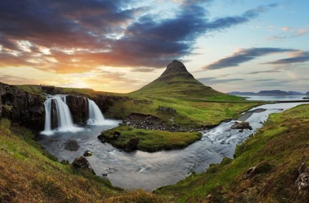 Islândia. Uma país que em muitos momentos, parece mesmo ser um outro mundo.