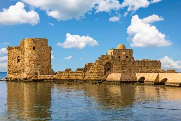 Castelo dos Cruzados à beira-mar em Sidon.