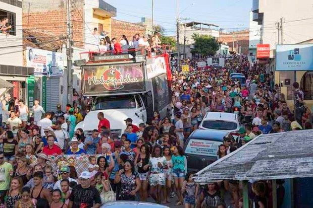 Festas serão realizadas em diversos bairros da cidade.