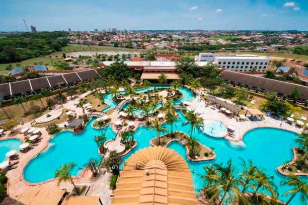 Imagens aéreas do Blue Tree Park Hotels Lins