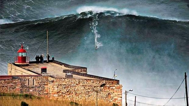 Onda surfada por Macnamara em 2011 - Centro de Portugal.